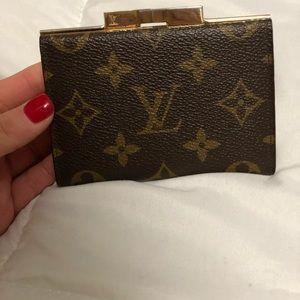Louis Vuitton Kiss Clip Wallet